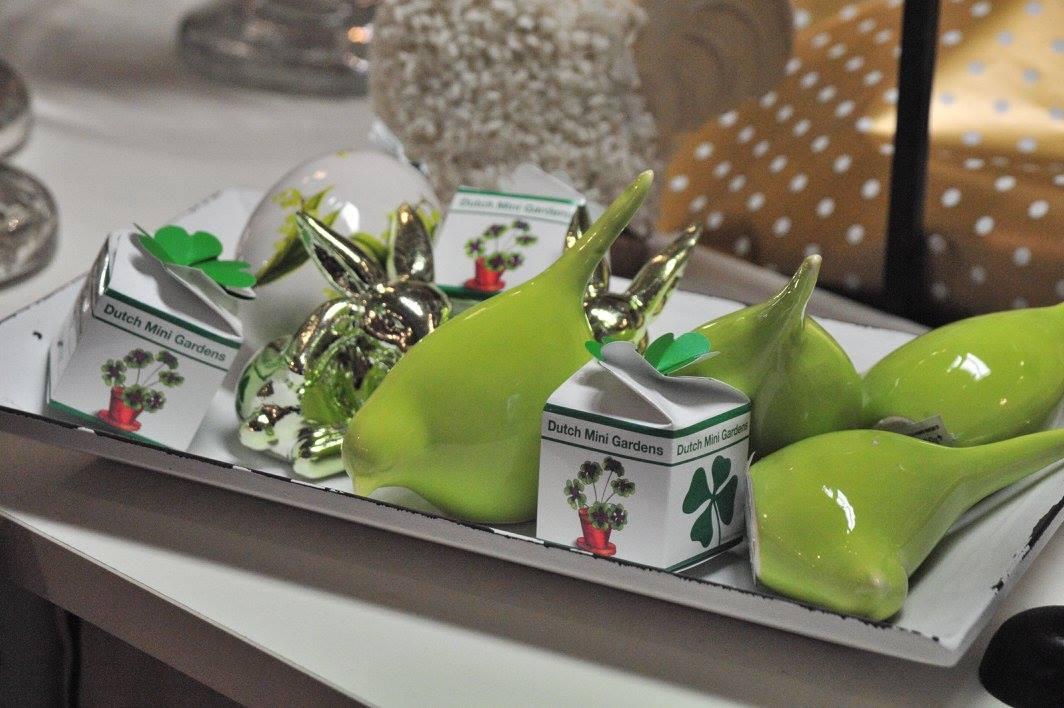 deko trend und geschenk. Black Bedroom Furniture Sets. Home Design Ideas