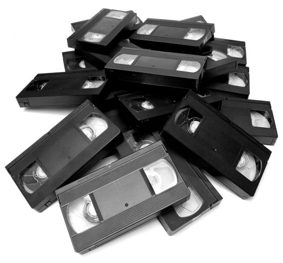 Tolles Weihnachtsgeschenk! Die alten Videos aus Kindertagen ganz frisch und digital…