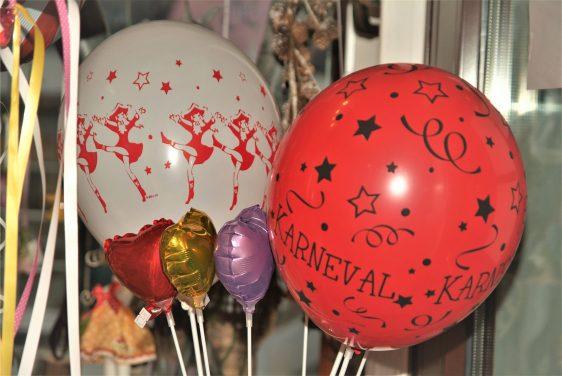 Öffnungszeiten zu Karneval